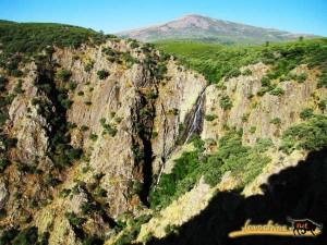 El Rebollar- Sierra de Gata mantiene una gran riqueza de diversos valores no sólo paisajísticos, también culturales, etnográficos, históricos, fauna y flora.